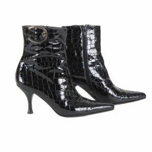 Stuart Weitzman Ankle Black Boots Size 6